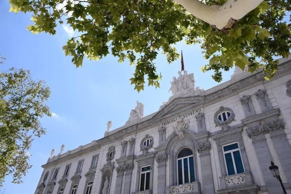 El Supremo confirma la situación de rebeldía y la suspensión de Puigdemont y cuatro consejeros huidos