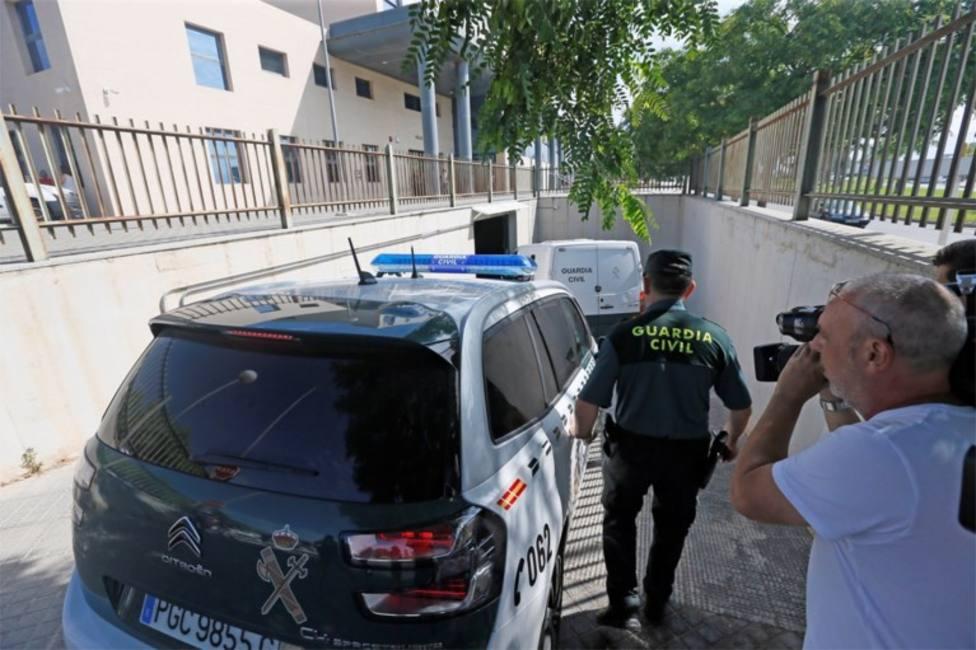 Prisión para tres de los cinco detenidos por la presunta agresión grupal en Benidorm