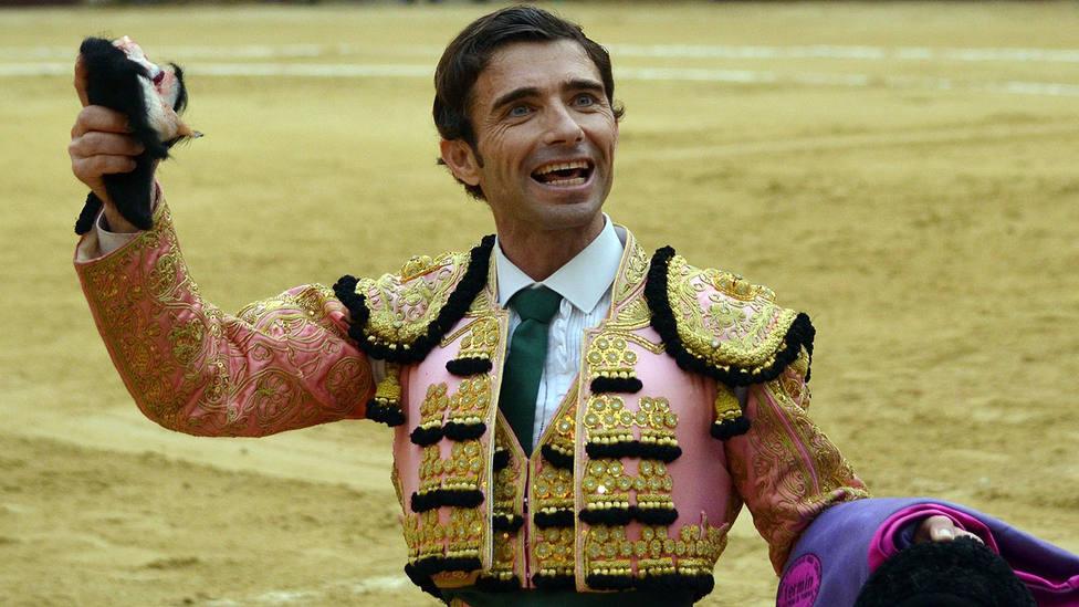 Fernando Robleño paseó una oreja este martes en el coso de La Chacona de El Álamo
