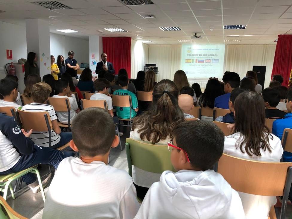 Maestros de Italia, Eslovenia, Grecia y Reino Unido pasarán una semana en el Colegio Andrés García Soler
