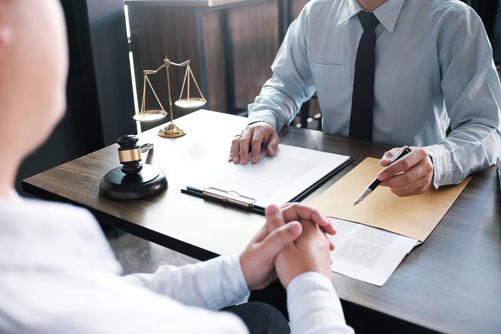 Los despachos de abogados no paran de recibir consultas sobre los ERTEs