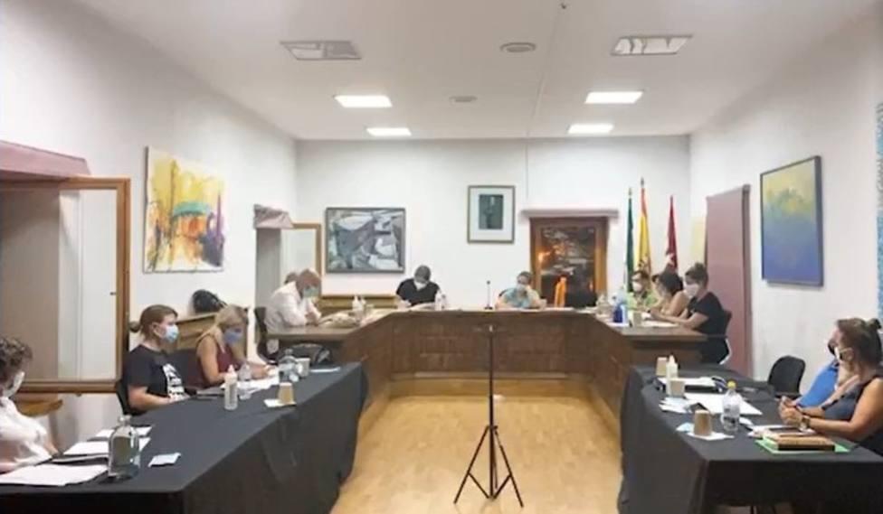 Imagen del Pleno celebrado ayer en Navacerrada