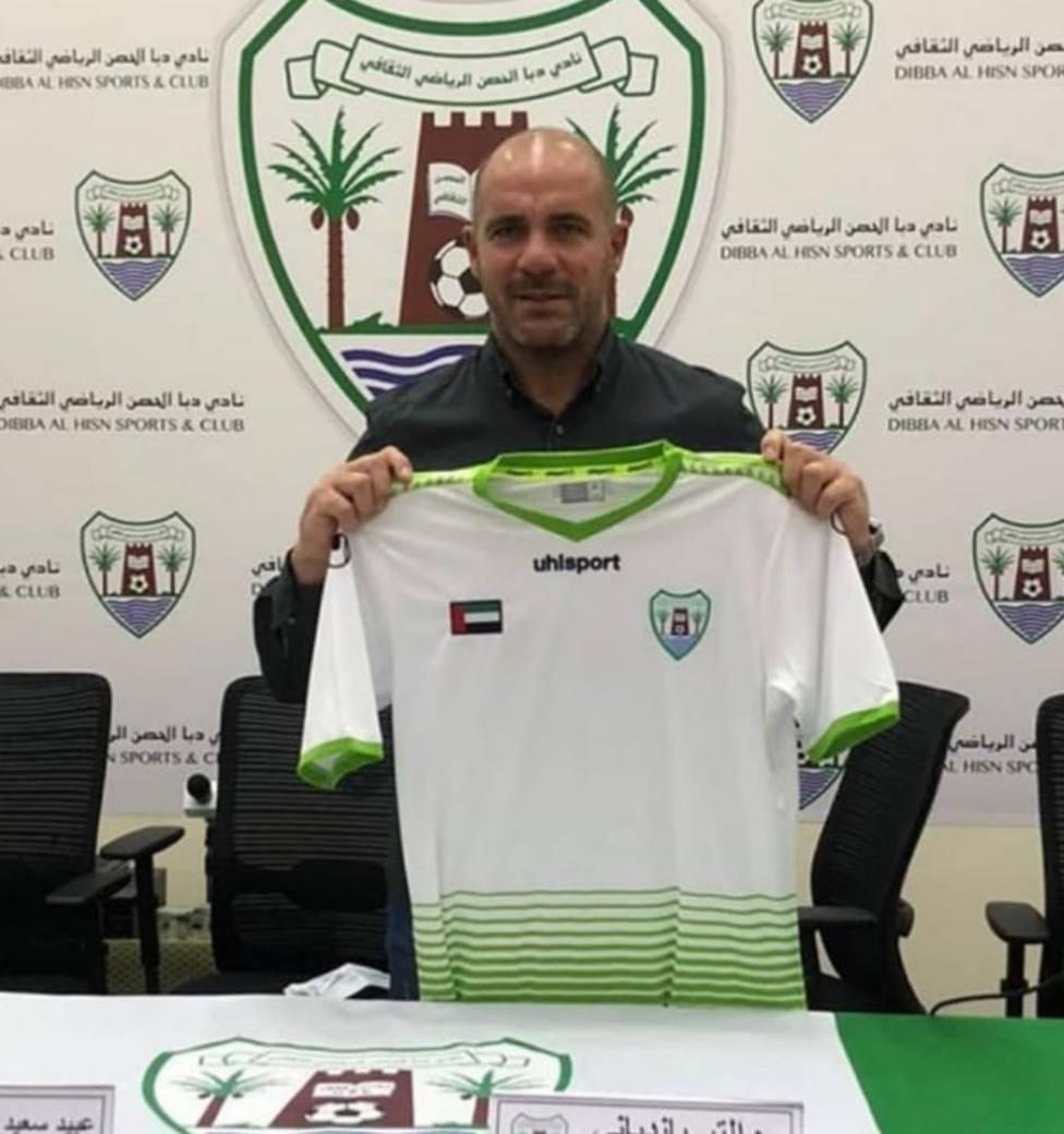 Walter Pandiani ficha por el Dibba Al-Hisn.