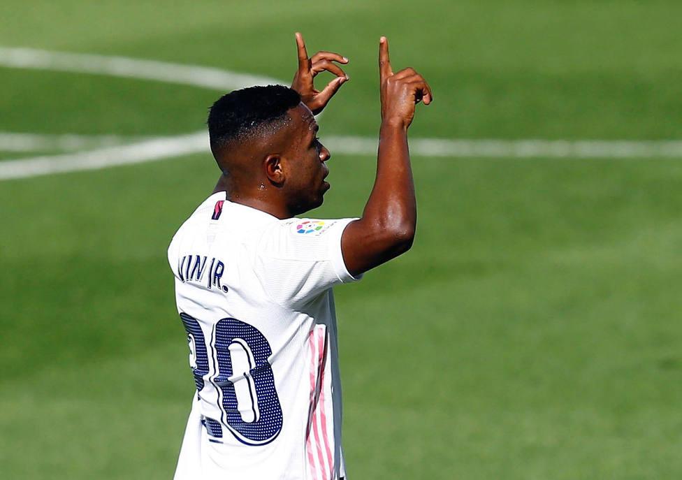 Vinicius celebra el gol que marcó ante el Levante (EFE)