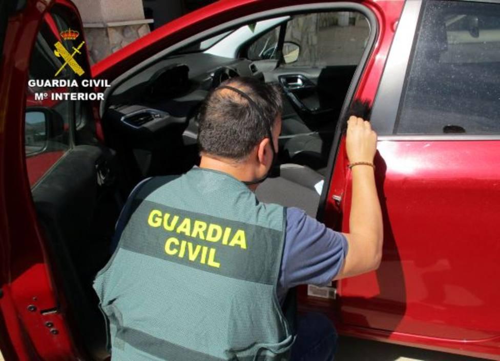La Guardia Civil cierra una operación con una docena de detenidos por robos en vehículos