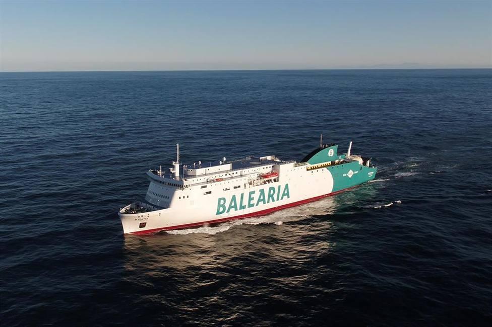 Foto barco de Balearia (Europa Press)