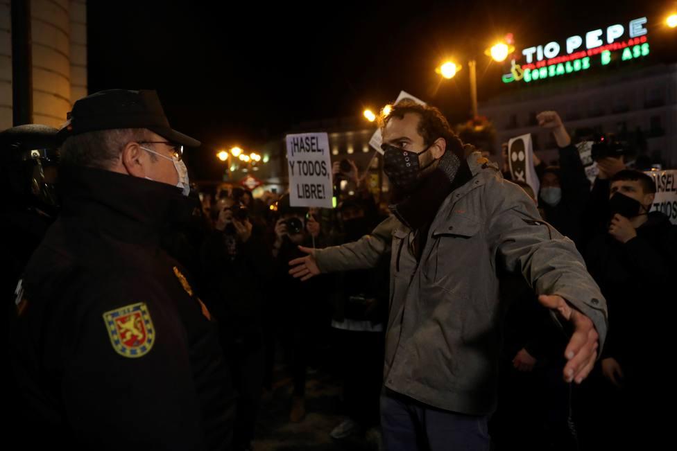 Estupefacción en la Policía por el respaldo a los violentos de una parte del Gobierno