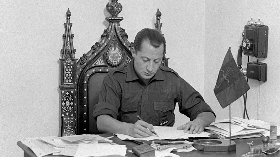 ¿Piensas llegar a viejo?: la encuesta secreta a Primo de Rivera con la que vaticinó su propio futuro