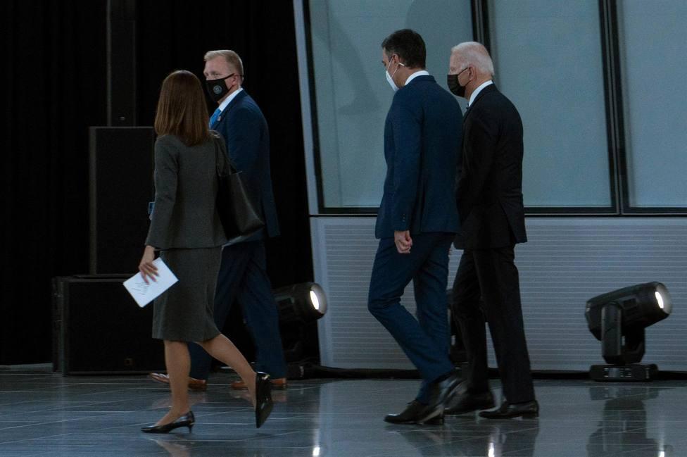 Sánchez y Biden paseando en la Cumbre de la OTAN
