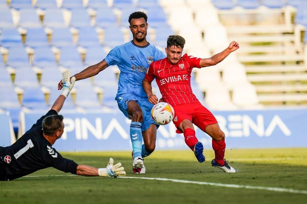 Sevilla, Betis y Real Sociedad comienzan la pretemporada goleando, El Athletic tropieza en Suiza