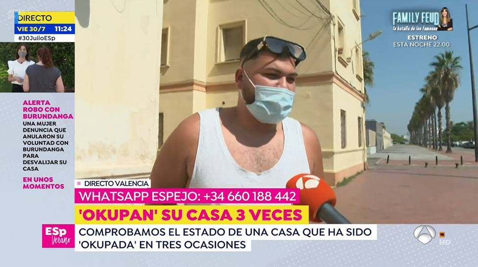 Una reportera de Espejo Público corta el programa por la insólita reacción de un espontáneo: Tengo prisa