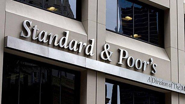 Imagen de archivo fechada el pasado 28 de abril de 2008 que muestra la fachada de la sede de Standard & Poors en Nueva York, Estados Unidos