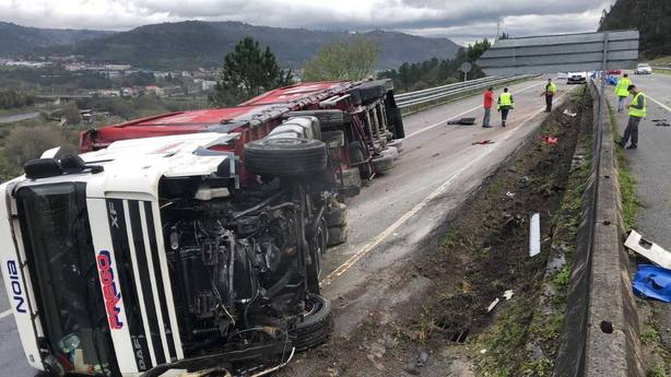 Espectacular accidente en Ourense