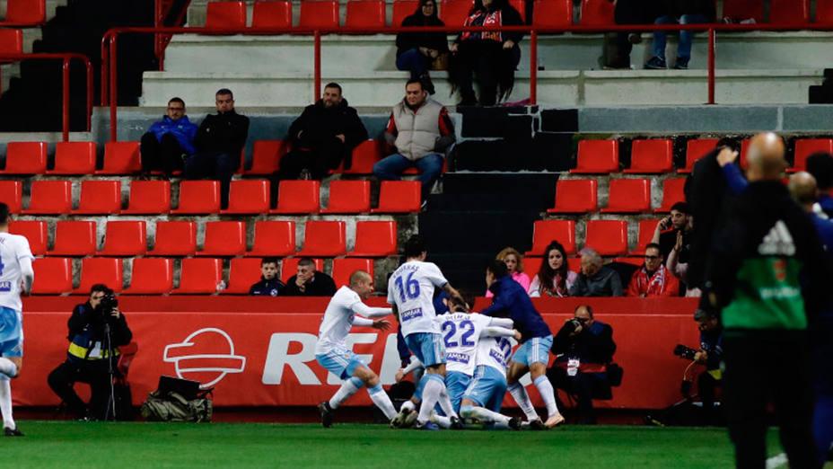 El Real Zaragoza celebra uno de los tres goles marcados en Tarragona (@LaLiga)
