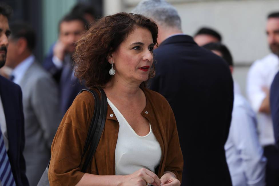 Montero invita a Podemos a sentarse mañana para retomar las negociaciones del acuerdo programático