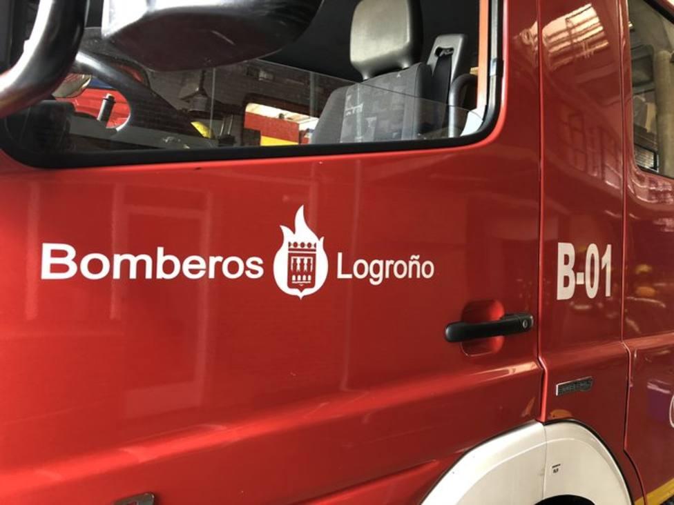 Un incendio quema parte de un unifamiliar en la carretera de Alberite a Albelda