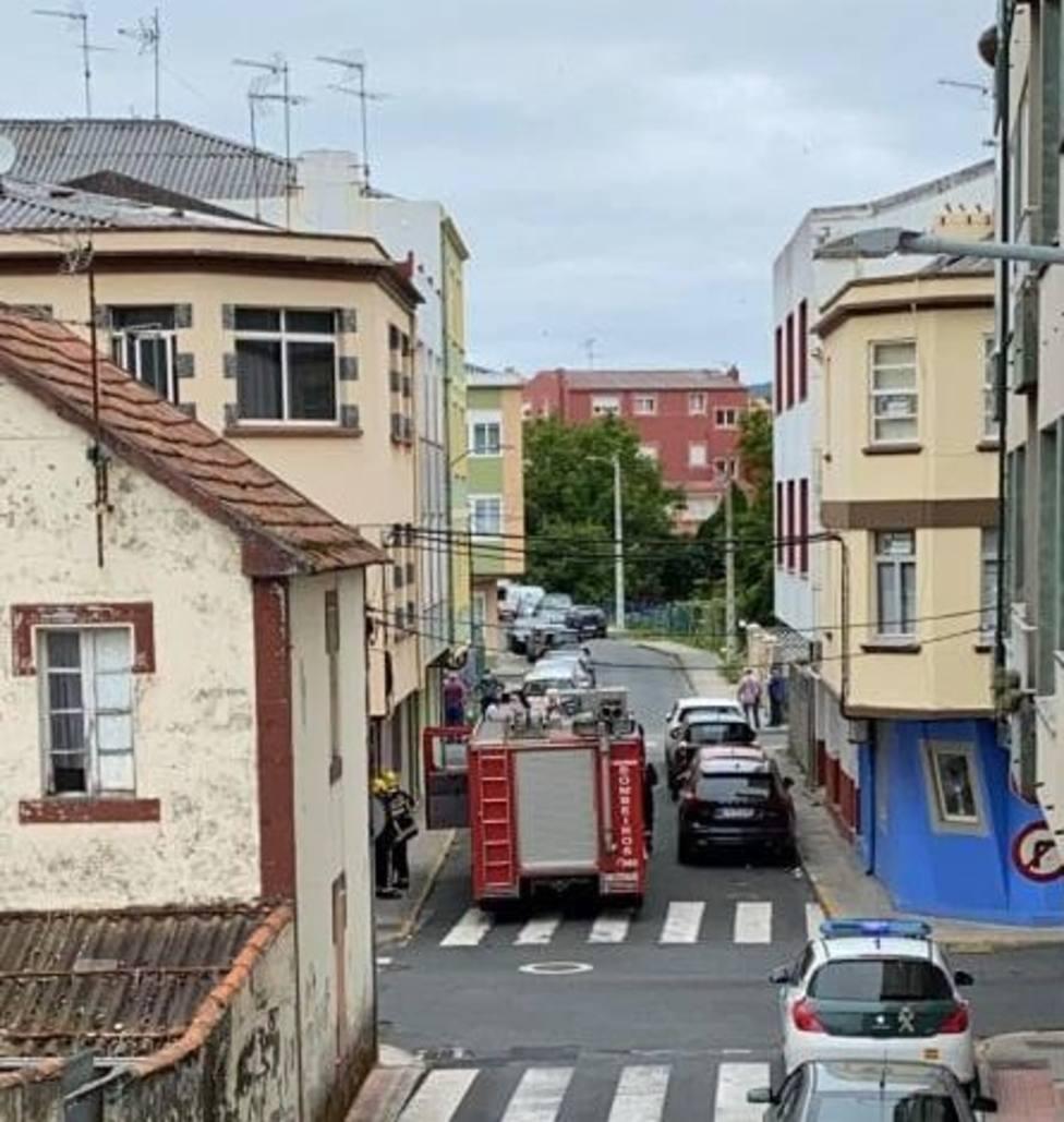 El suceso tuvo lugar en la Calle Cerdido de Cedeira.FOTO: Tráfico Ferrolterra