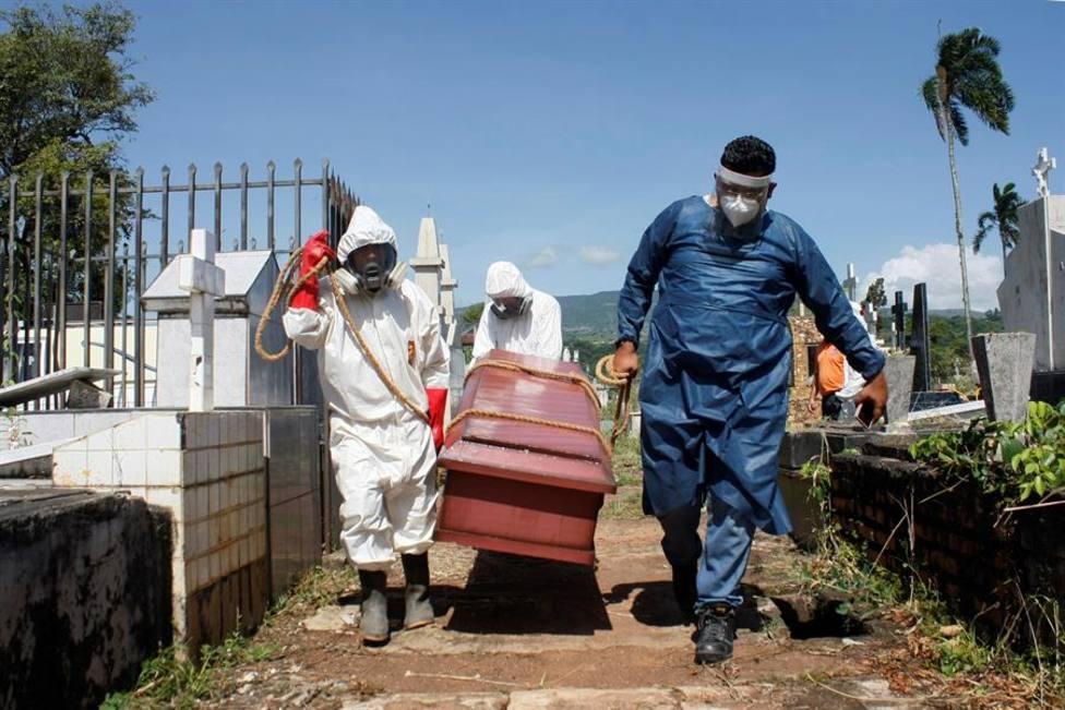 Estados Unidos, India y Brasil siguen siendo los países con más casos detectados y más muertes