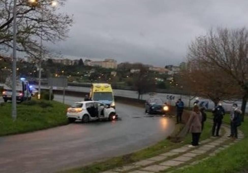 La colisión se produjo en las inmediaciones del pabellón de A Malata - FOTO: Tráfico Ferrolterra