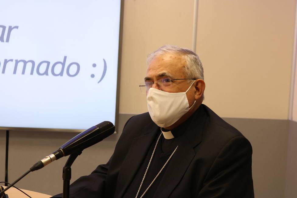 El obispo de Córdoba critica la ley de la eutanasia en su carta pastoral y aboga por los cuidados paliativos