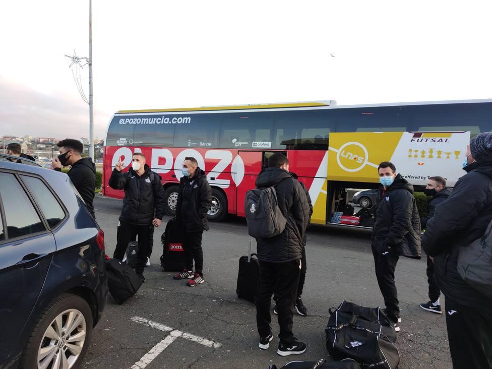 El equipo de Diego Giustozzi, regresa a Murcia, tras entrenarse en A Malata