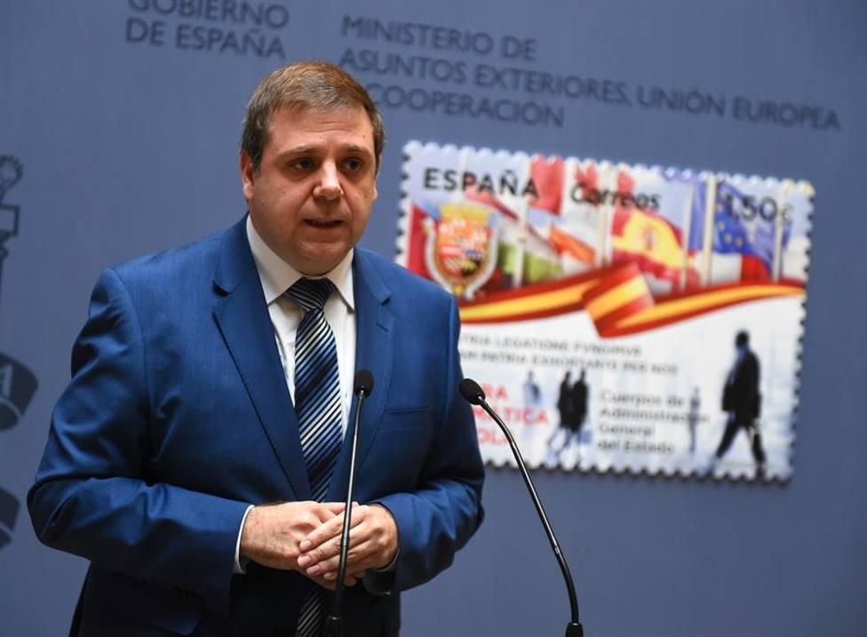 El presidente de Correos, Juan Manuel Serrano