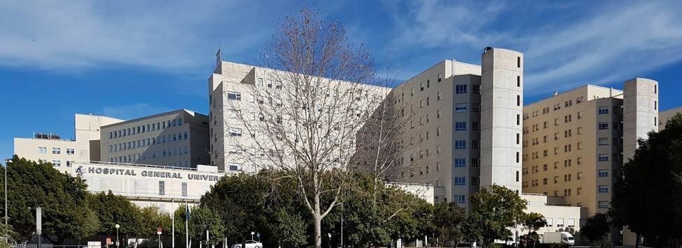 Los hospitales alicantinos sólo tienen 13 pacientes con Covid en la UCI