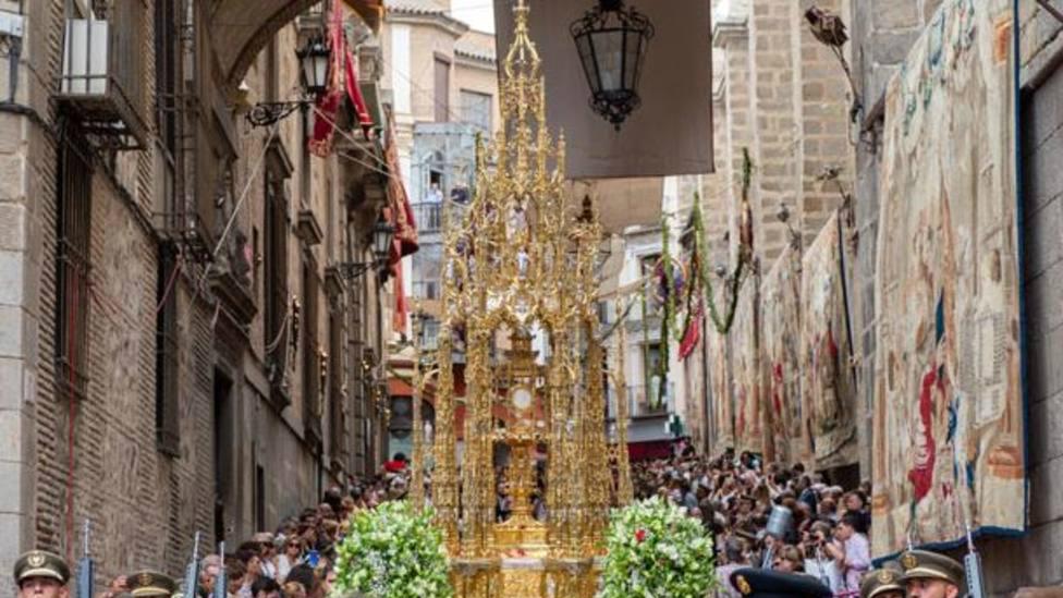 TRECE te invita a compartir la solemnidad del Corpus Christi desde Toledo