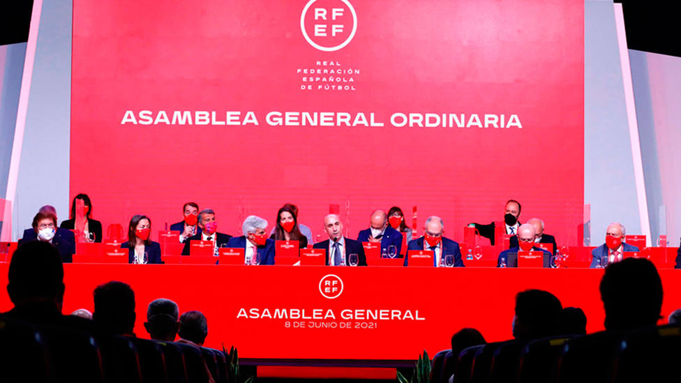 Asamblea Ordinaria de la Federación Española de Fútbol 2021 (IMAGEN: RFEF)