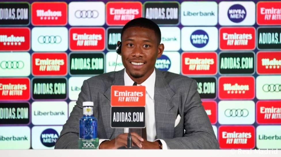 Alaba, presentado con el Real Madrid