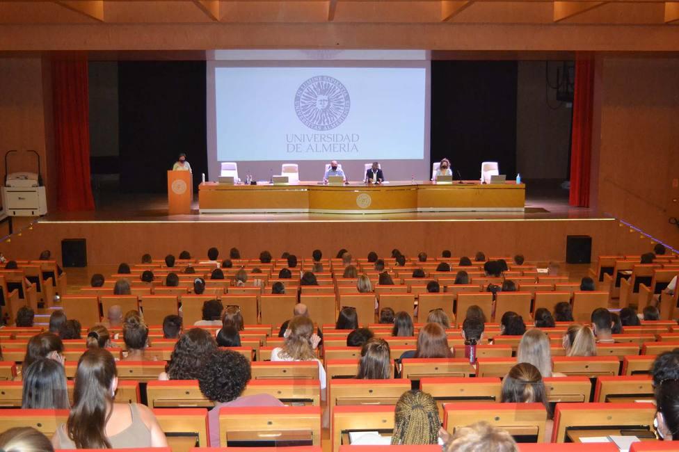 La Universidad de Almería recibe a más de 400 estudiantes internacionales en unas jornadas de bienvenida