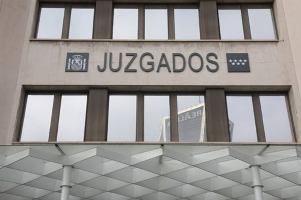 Los agentes que entraron a la fuerza en un piso de Villaverde declararán ante el juez el próximo miércoles