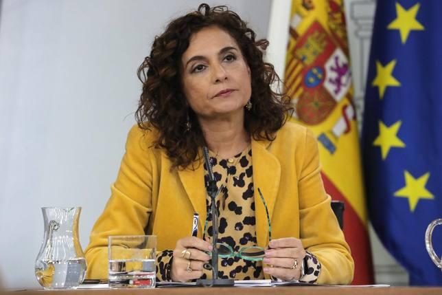 La ministra Montero advierte a los independentistas: No van a encontrar resguardo en el Gobierno