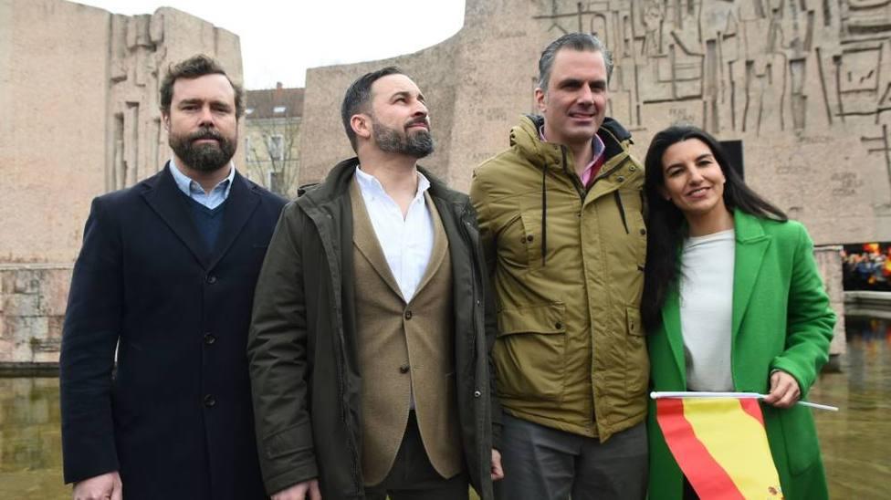 Vox plantea ilegalizar a Podemos: Tienen bilis antiespañola