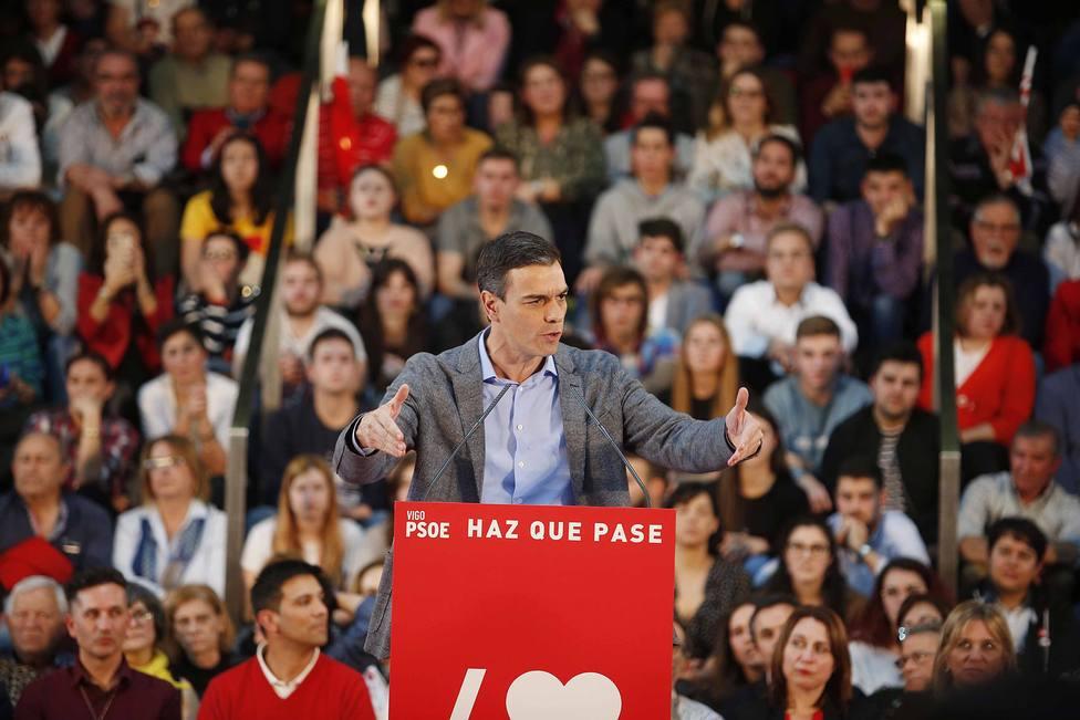 Sánchez señala que tenderá la mano a Podemos pero elude precisar si les incluirá en el Gobierno