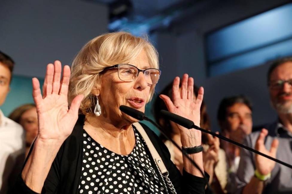 Carmena, la alcaldesa inesperada a la que la derecha vuelve a jubilar