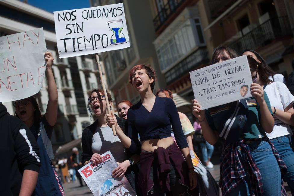 El medio ambiente se sitúa entre los principales problemas de España para la juventud, que mañana celebra su Día Mundial