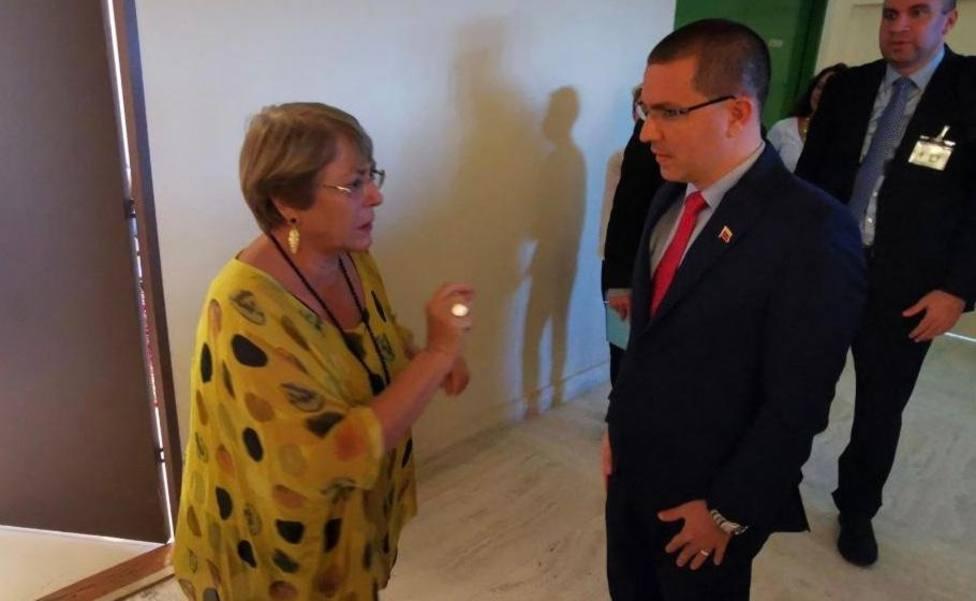 Arreaza se reúne con Bachelet tras su errático informe sobre la situación de los DDHH en Venezuela