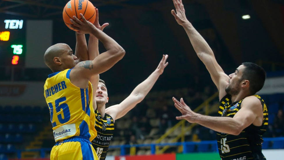 Iberostar Tenerife derrotó al Peristeri en Grecia (Basketball Champions League)