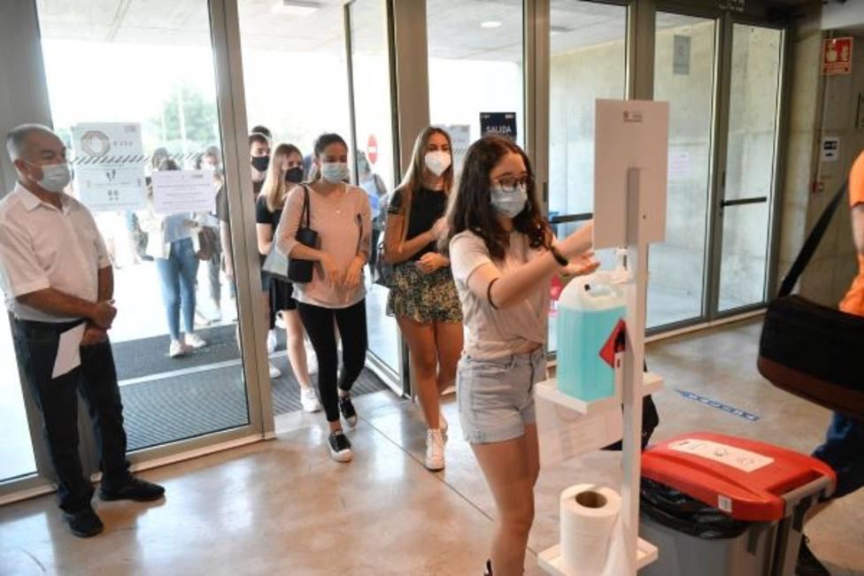 Comienzan los exámenes de la EBAU para 1.350 estudiantes de la Región de Murcia