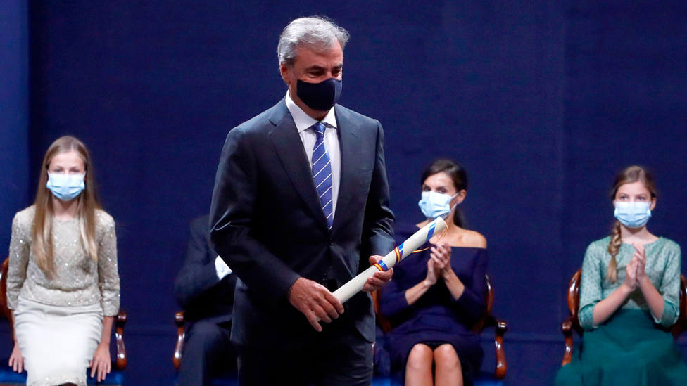 Carlos Sainz recibe el premio Princesa de Asturias de los Deportes 2020. EFE