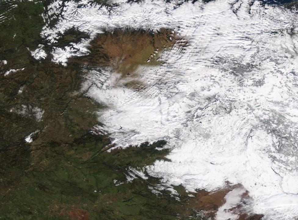 La histórica imagen de España nevada desde los satélites de la NASA