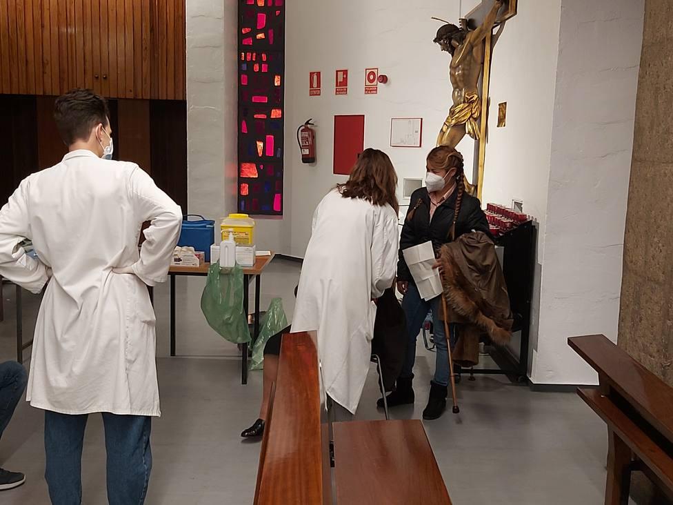 Vacunación en la parroquia del Carmen
