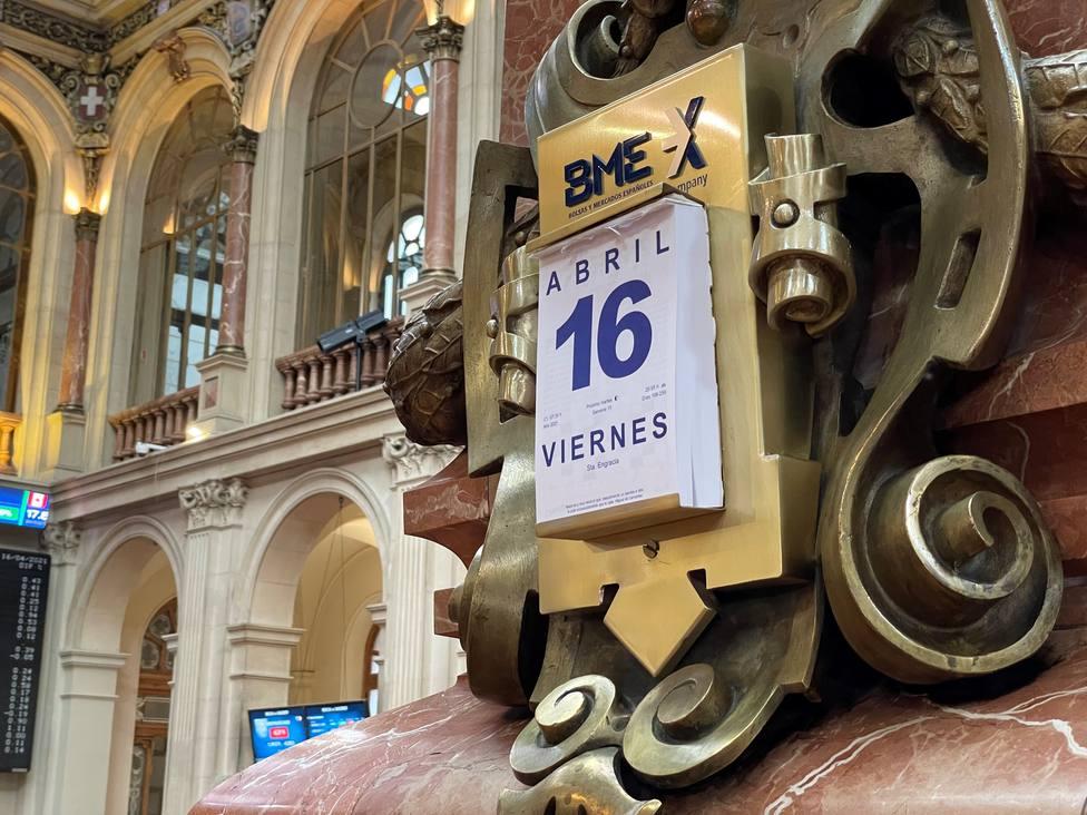 El Ibex salda la semana casi en tablas pese a la sucesión de récords al otro lado del Atlántico