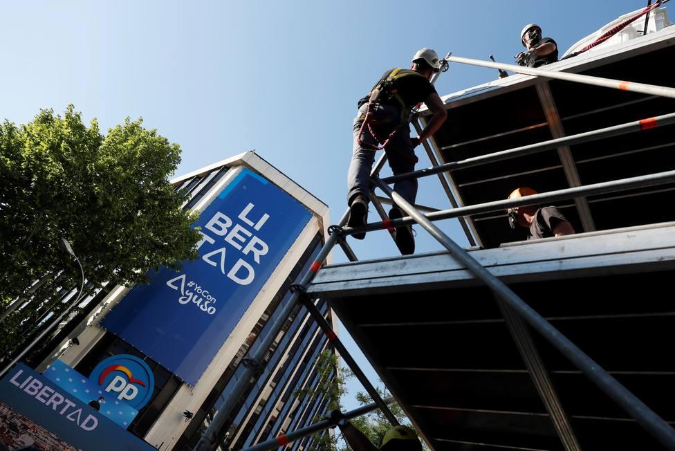 Los seis candidatos de Madrid esperan los resultados en la sede de los partidos salvo Ángel Gabilondo