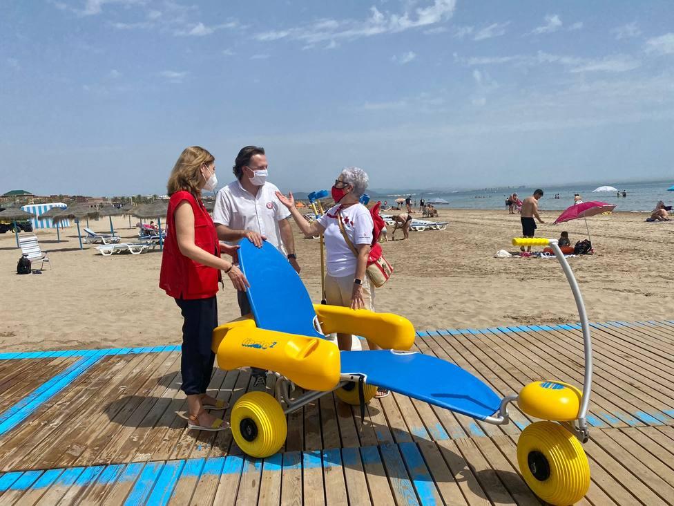 ctv-lxi-0615-punts-de-bany-adaptats-a-les-platges