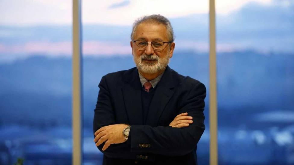 López Acuña: Vacunar a los jóvenes no es la solución para contener a esta quinta ola