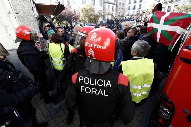 España Ciudadana celebra en Alsasua un acto de apoyo a la Guardia Civil