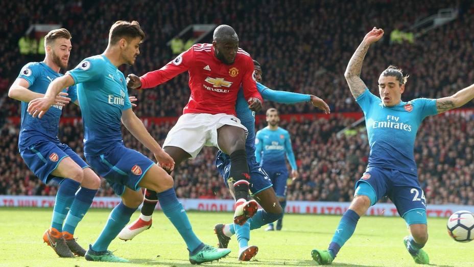 (Previa) El Arsenal mide su gran momento en Old Trafford