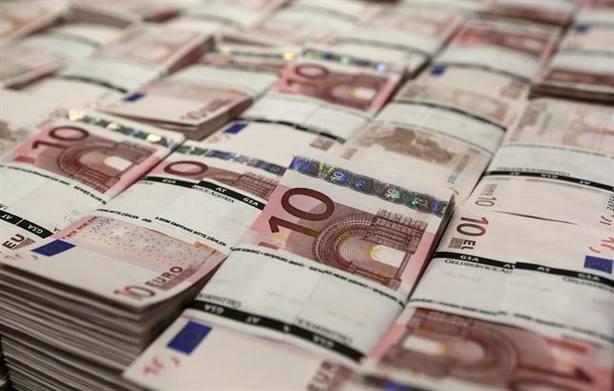 El Tesoro coloca 4.086 millones en letras a seis y doce meses y cobra algo menos